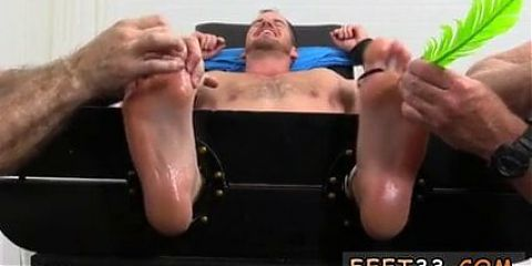 Kissing gay twink feet and light skinned men