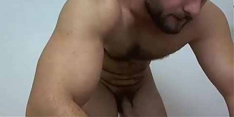 Muscle lad jerk off and cum
